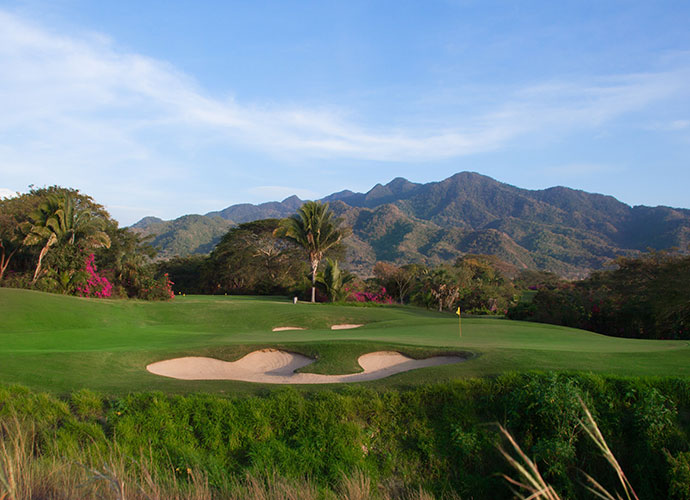 Vista Vallarta (Nicklaus), Puerto Vallarta, Jalisco                                   Phil Mickelson and David Toms teamed to lead the U.S. at the 2002 World Cup contested over this handsome Jack Nicklaus design, but were edged by Japan, despite Lefty's third-round 62. The layout traverses high ground in the foothills of the Sierra Madres, and affords handsome views of Puerto Vallerta and the Bay of Banderas.