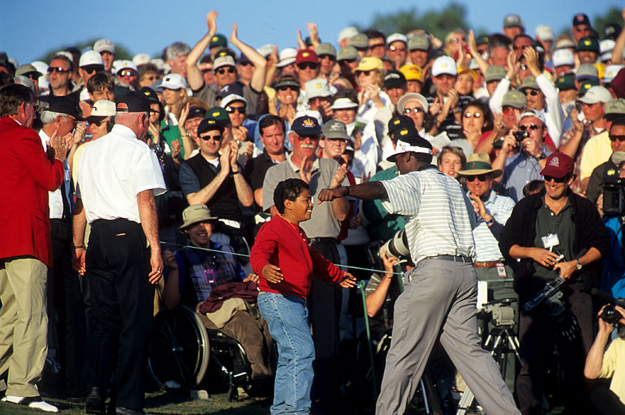At the 2000 Masters, Vijay Singh shot a final-round 69 to win his second major title by three strokes.
