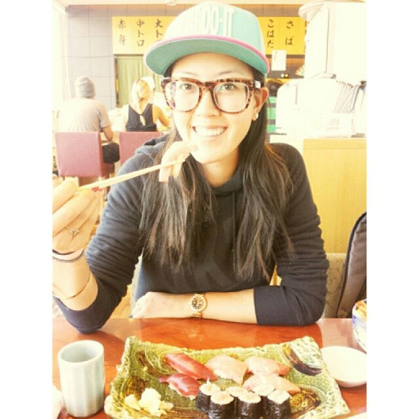 @Themichellewie:  Layover in Japan = sushi time!! #oishi