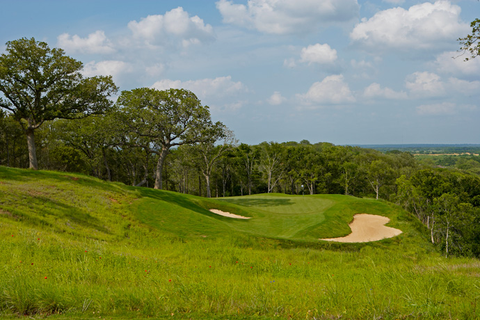 Wolfdancer Golf Club (wolfdancergolfclub.com, 512-308-4770, $119-$149)