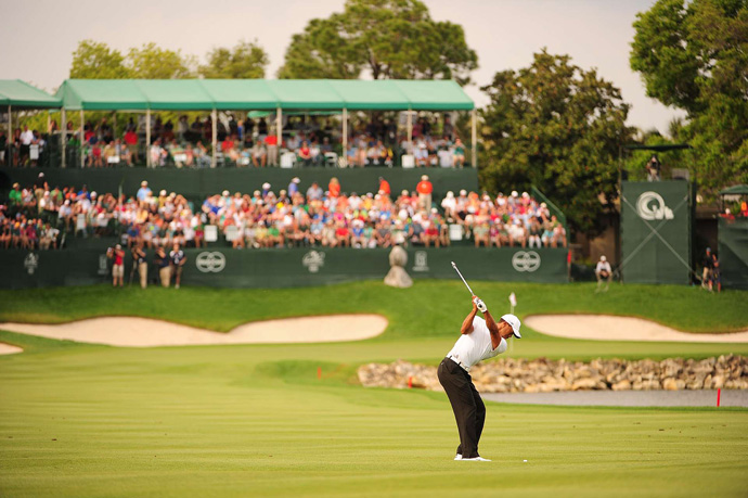 If he wins on Sunday, Woods will take back the No. 1 ranking from Rory McIlroy.