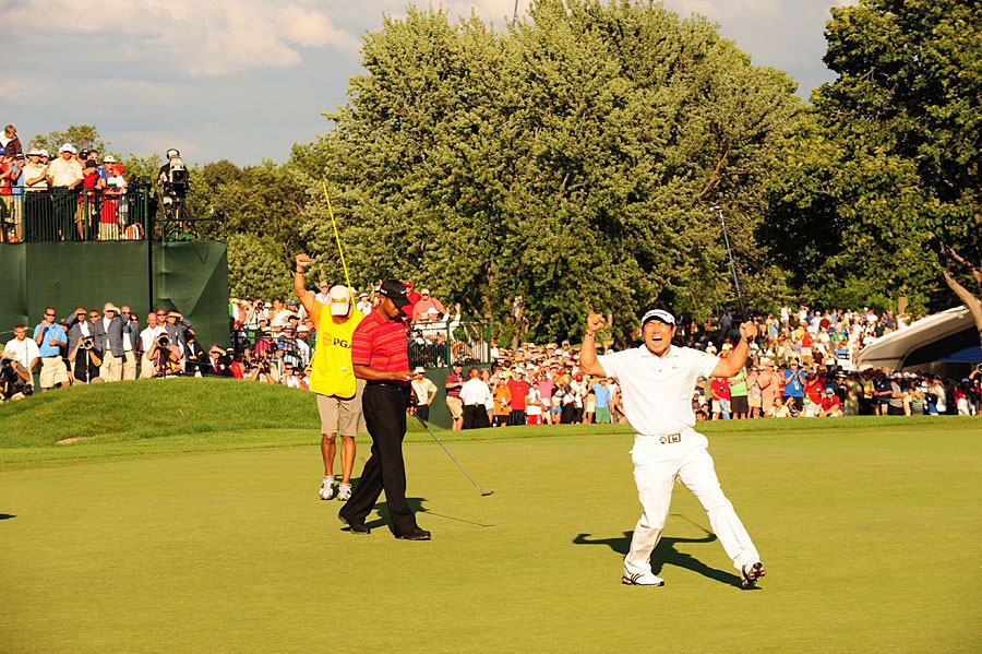 Y.E. Yang, 2009 PGA Championship                           Woods shot a 75 and finished second.