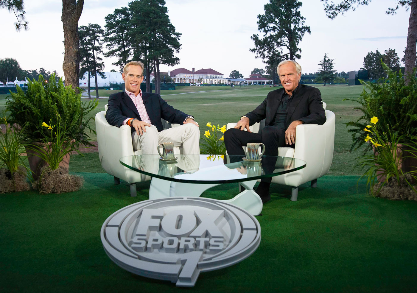 Joe Buck and Greg Norman during the 2014 U.S. Open at Pinehurst.