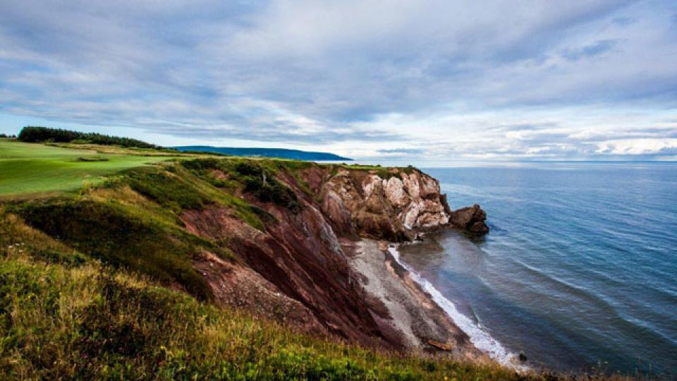 "No. 16 at Cabot Cliffs is a thrilling par-3 that Matt Kuchar says ""makes Cypress Point look small."""