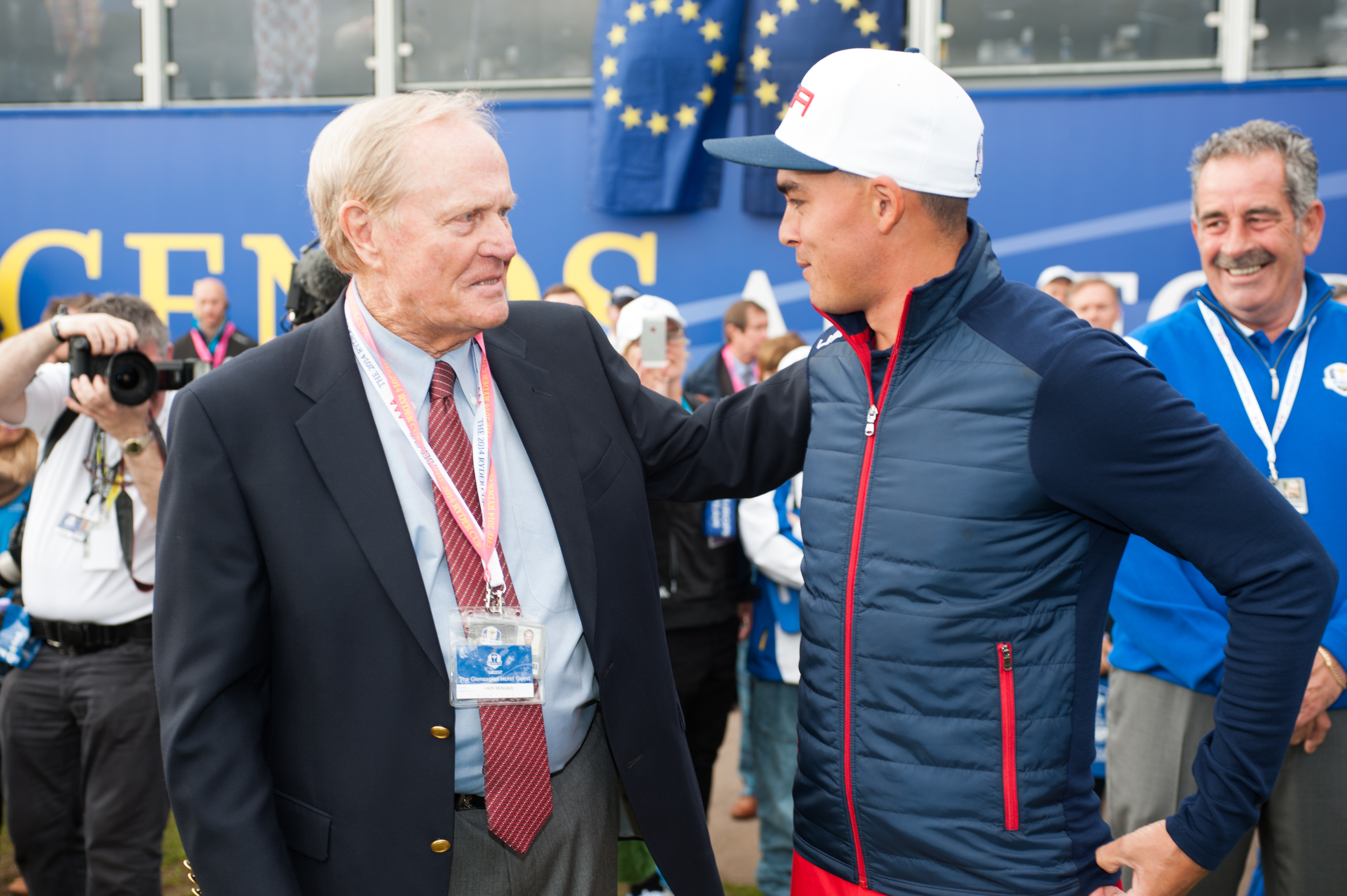 ack Nicklaus speaks with Rickie Fowler of the United States on the first tee during the singles matches for the 40th Ryder Cup at Gleneagles.