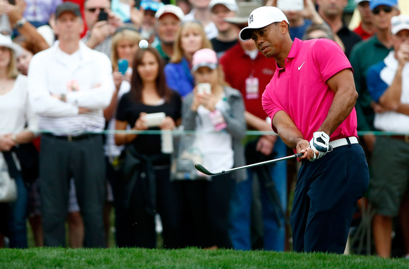 A majority of GOLF Magazine's Top 100 teachers say Tiger Woods has the chipping yips.