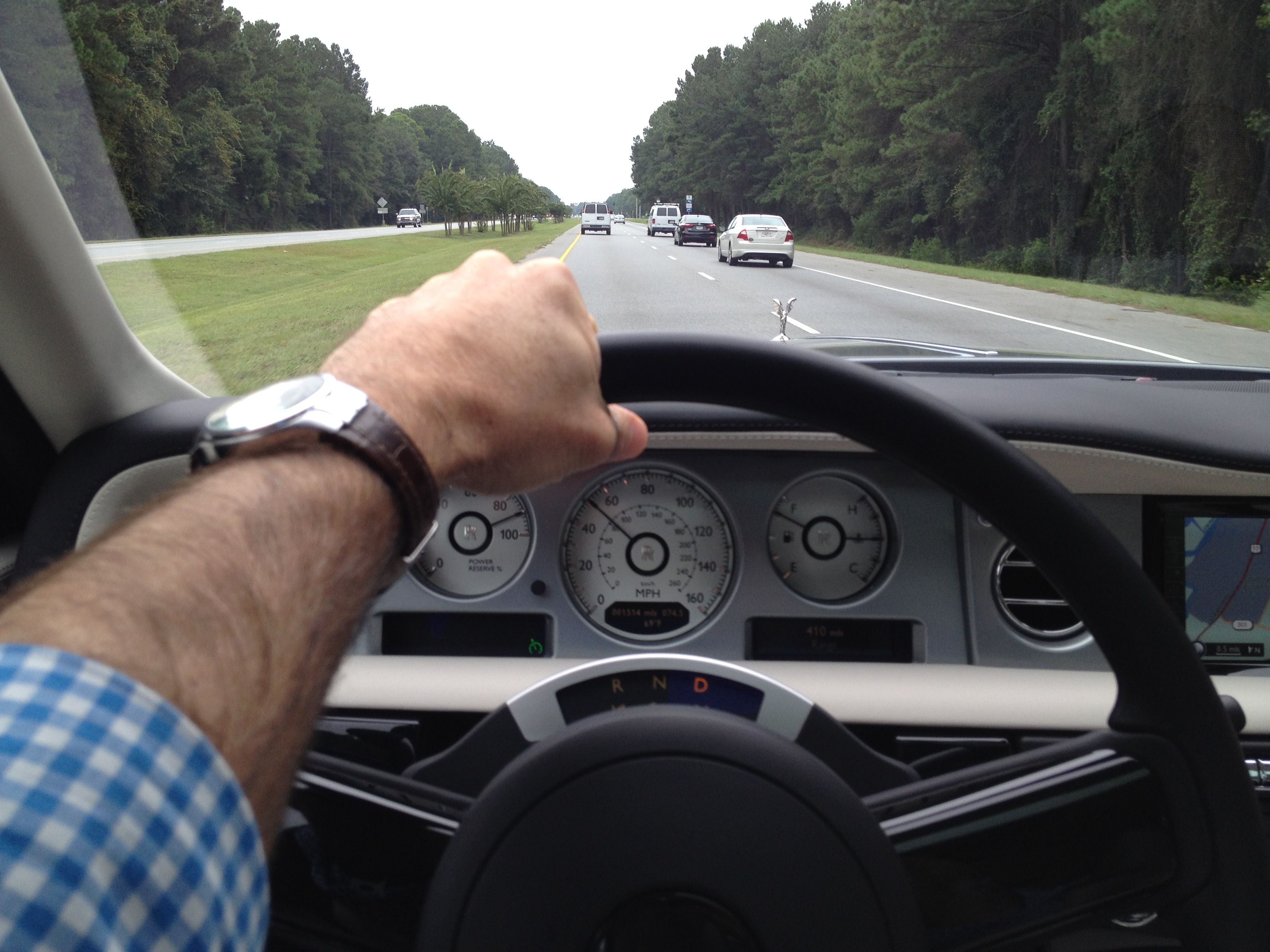 Our writer cruised from Savannah to Sea Island Golf Club in a 2014 Rolls-Royce Phantom Coupe Series II.
