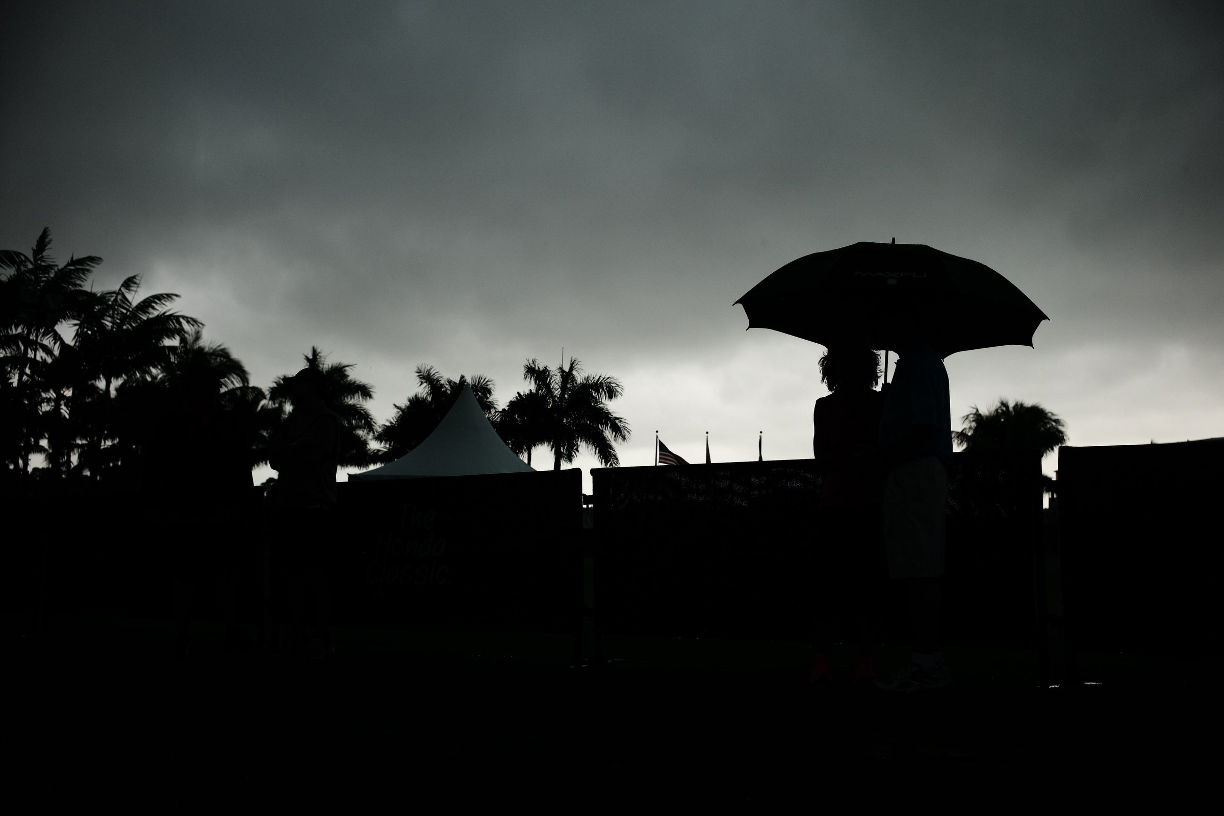 Darkness at Noon: Severe thunderstorms washed out the third round of the Honda Classic on Saturday at PGA National.