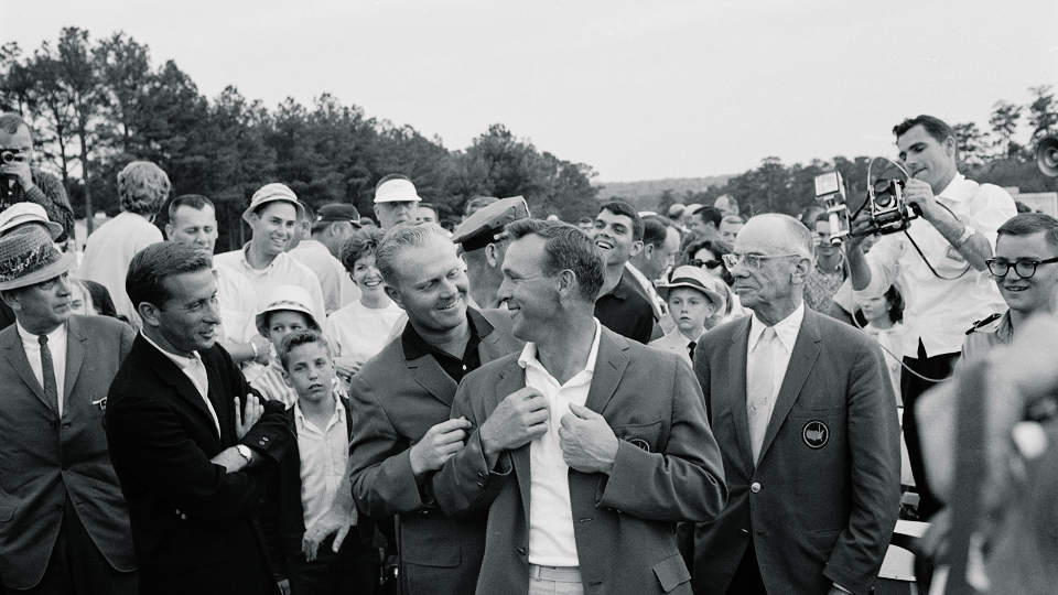 Roberts was at the ready after Jack helped Arnie slip on the jacket befitting the champion, in 1964.