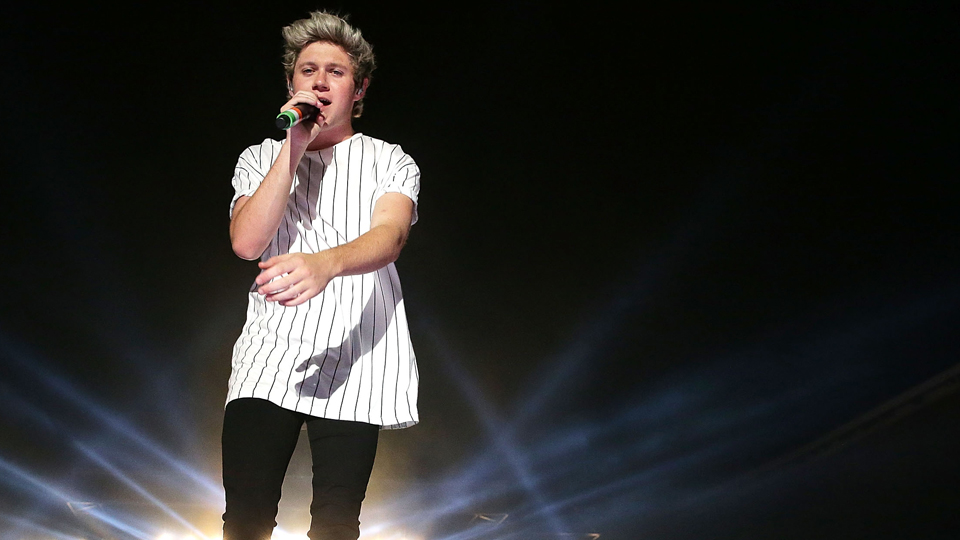 Niall Horan of One Direction will be Rory McIlroy's caddie Wednesday.