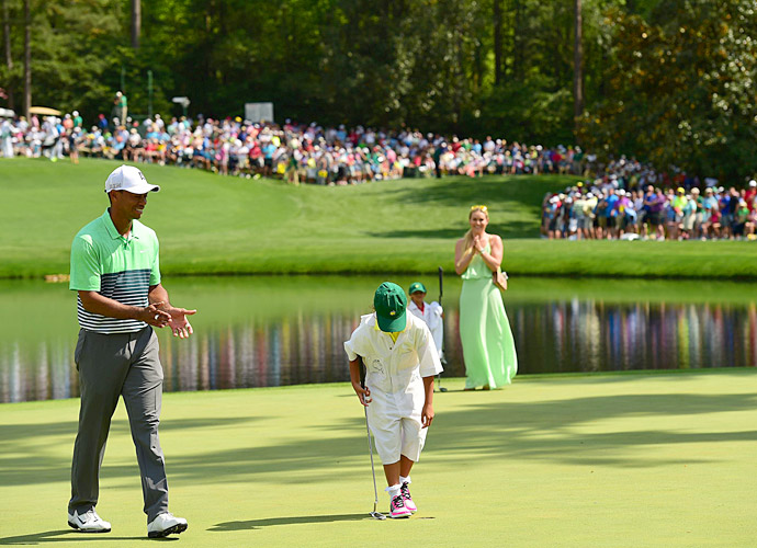 Tiger's daughter Sam sank a putt during the contest.