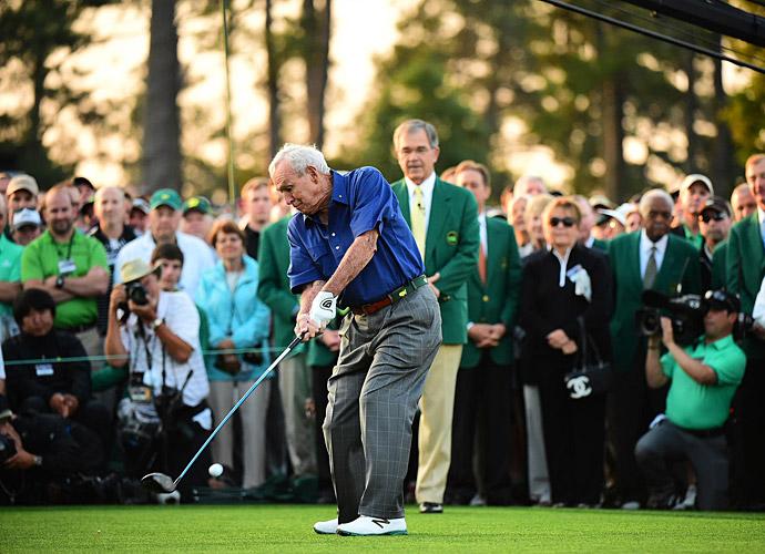 Despite having an injured shoulder, Palmer took his ceremonial tee shot.
