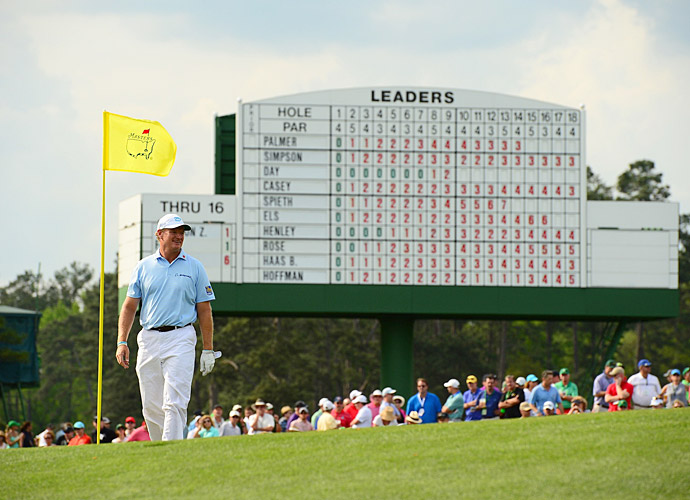 Ernie Els turned back the clock with a five-under 67 to get near the lead.