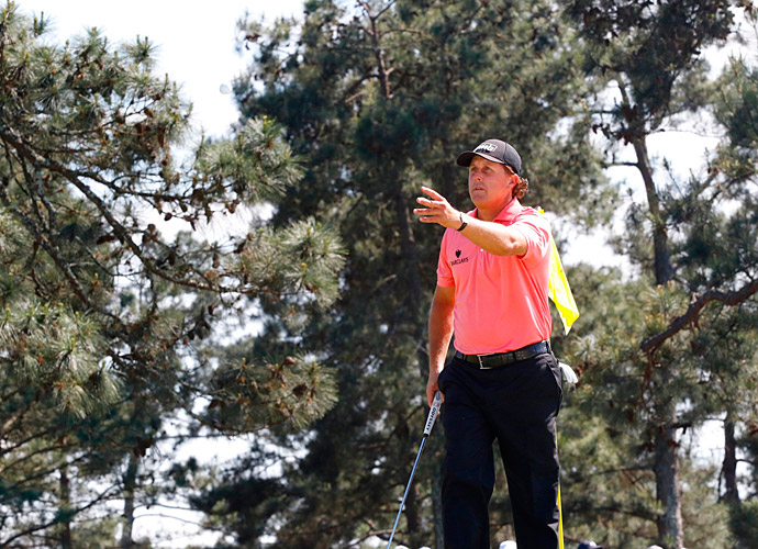 Phil Mickelson had a stellar five-under 67 on Saturday.