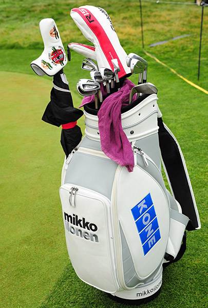 Mikko Ilonen's golf clubs.