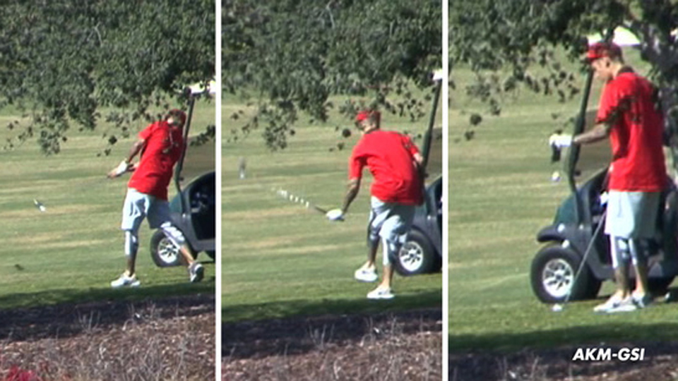 Justin Bieber was spotted playing golf in Los Angeles on Sunday.