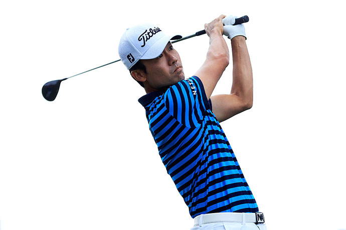 Kevin Na made moves on Saturday, shooting an 8-under 64.