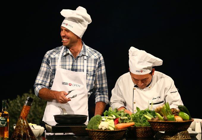 Charles Schwartzel alongside his chef, Manuel, at the Turkish Airlines 'Gourmet Golf Challenge.'