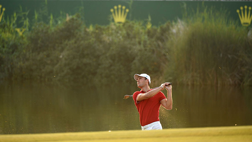 Martin Kaymer of Germany on the 17th green during the second round of the DP World Tour Championship on the Earth Course at Jumeirah Golf Estates on November 20, 2015 in Dubai, United Arab Emirates.