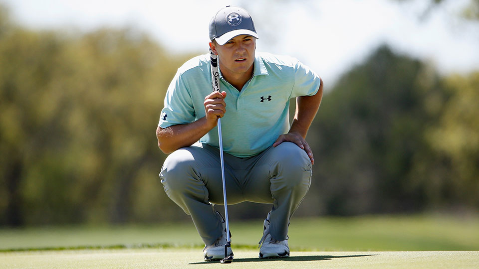 Jordan Spieth lines up a putt on the sixth hole during the final round of the 2015 Valero Texas Open.