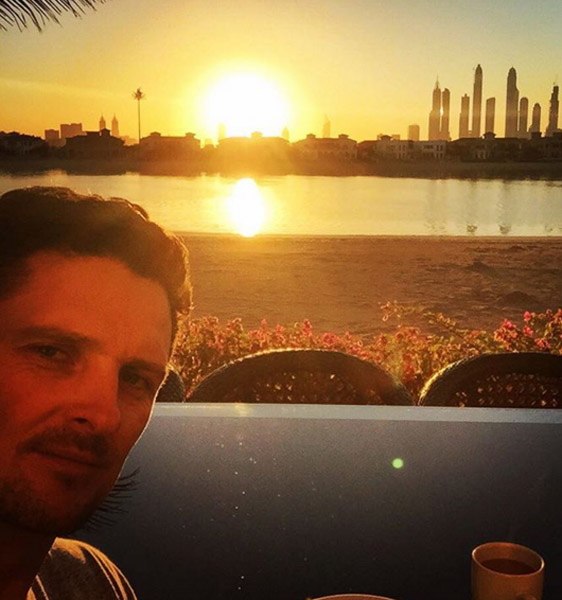 Closed the gap a little on the Race to Dubai leaders last week. The sun rises on my challenge to get to No1 this week! #Dubai #DinnerInShanghai#breakfastindubai