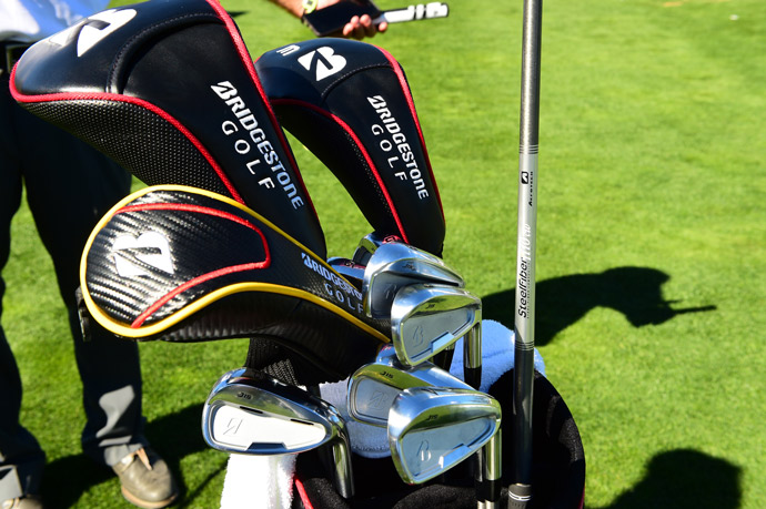 Fan favorite Fred Couples plays forged Bridgestone irons with AeroTech Steelfiber shafts and a Bettinardi putter.