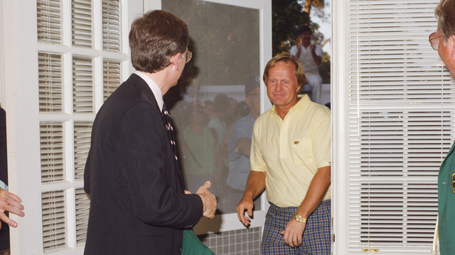 Jack Nicklaus enters Butler Cabin at the 1986 Masters Tournament.