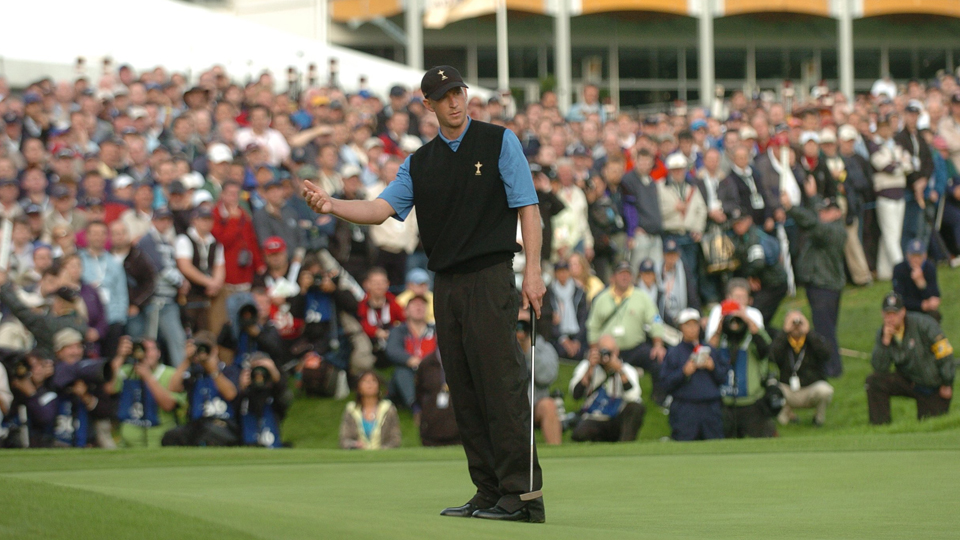 Vaughn Taylor misses a putt on No. 17 during Round 2 of the afternoon foursome matches during the 2006 Ryder Cup.