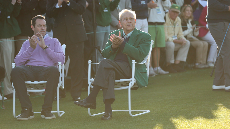 Arnold Palmer didn't take a swing, but he was still The King of the ceremonial first tee shots.