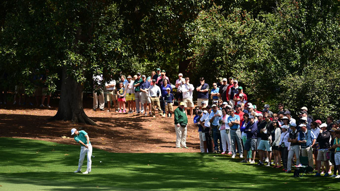 Defending champion Jordan Spieth picked up right where he left off last year in the first round at Augusta National.