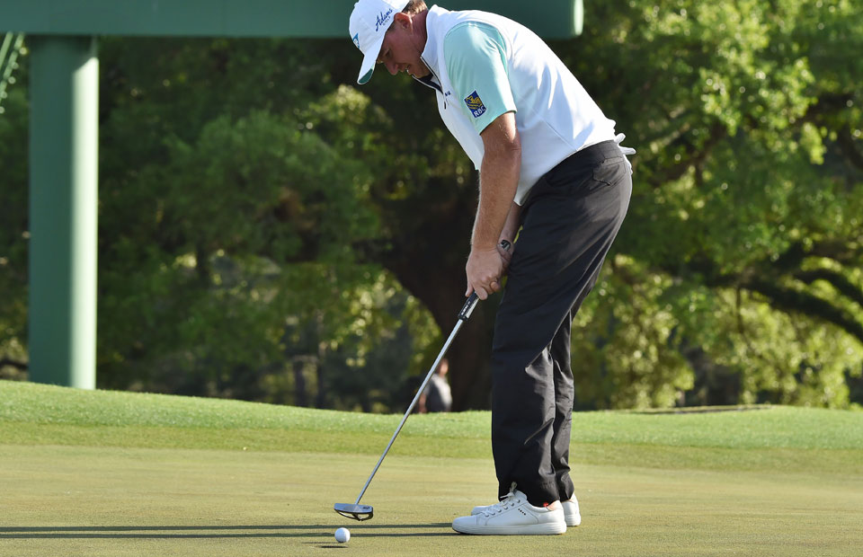 At the Masters, Ernie Els struggled through a painful public display of the yips.