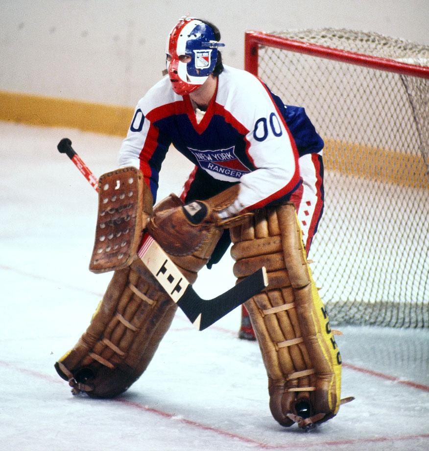 If this list included the WHA, I would've given this spot to Hall of Famer Bernie Parent, but JD, who wore 00 for the Rangers in 1977-78, gets the nod over Martin Biron, who wore it briefly with the Sabres but shows up later in this set.