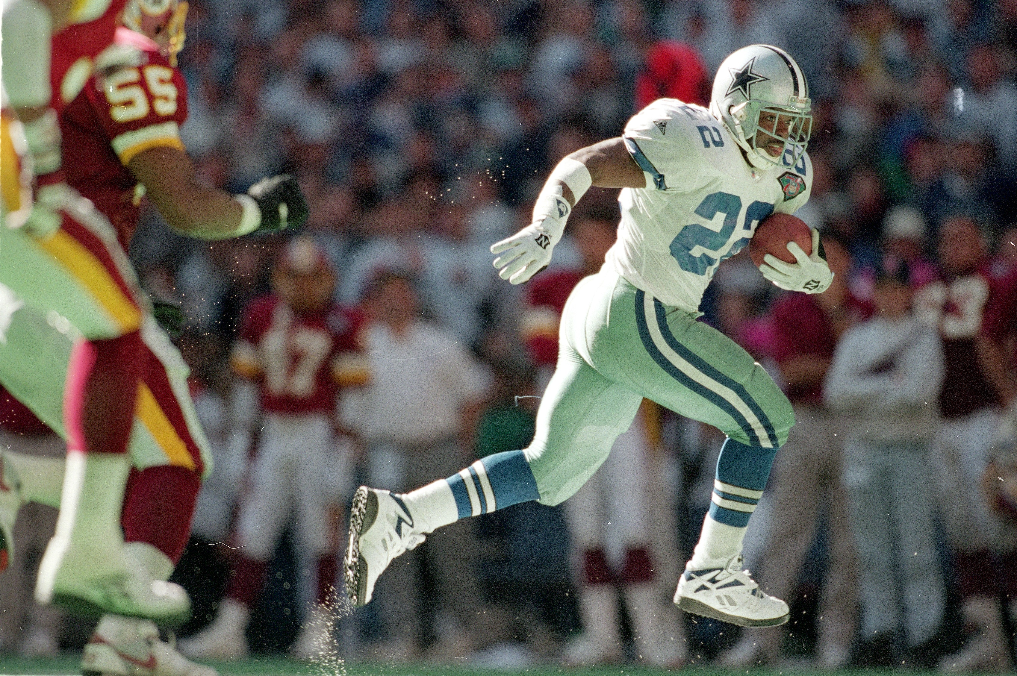 Dallas Cowboys' Emmitt Smith in action against the Washington Redskins on November 20, 1994.
