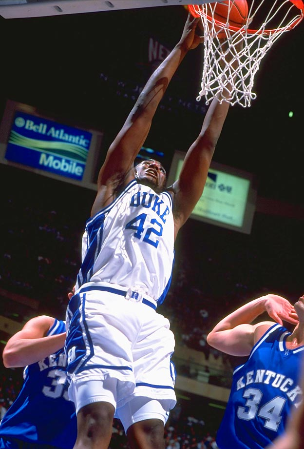 Elton Brand (1997-1999): Duke's 1998-99 team that went 37-2 is remembered as the more dominant one, but its '97-98 squad that went 32-4 might have been just as good had Brand not broken his foot and missed 15 games. When healthy as a sophomore, Brand dominated, averaging 17.7 points and 9.8 rebounds en route to national player of the year honors. The Blue Devils were just as overpowering, crushed their competition by more than 25 points per game – right up until a three-point loss in the NCAA finals to Connecticut.