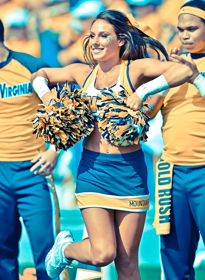 Meet Lauren of West Virginia University, who professes to be a Yankees fan who loves eating hot, crispy french fries... What's better than that?