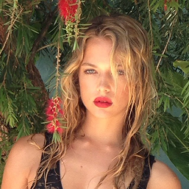 ferguson single personals See all fergie's marriages, divorces, hookups, break ups, affairs, and dating relationships plus celebrity photos, latest fergie news, gossip, and biography fergie is currently separated from josh duhamel.