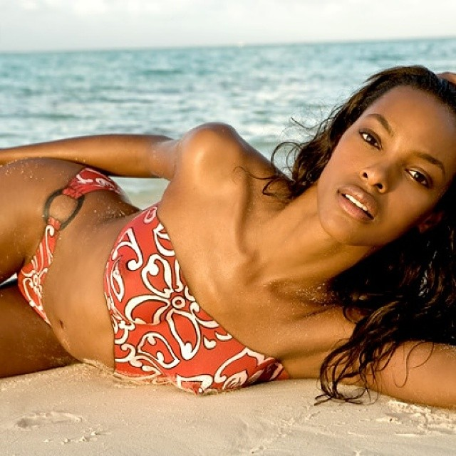 Throwing back to that time I was in a painted swimsuit on the beach. @joannegair and @si_swimsuit you ROCK! #tbt