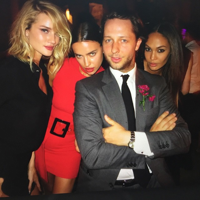 With these hotties @derekblasberg @joansmalls @rosiehw such a great night -