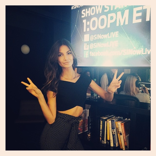 Tune into @SiNowLive NOW @si_swimsuit