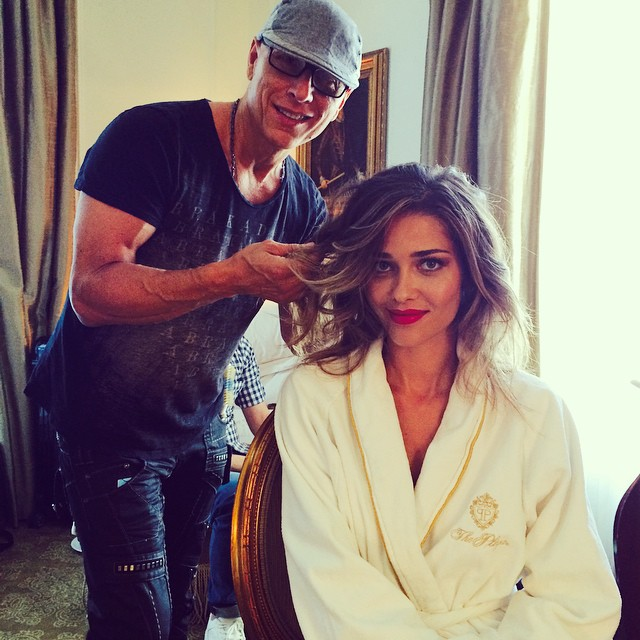 Having my hair done by the amazing @donaldmikula In the Plaza hotel in #ny.  #love #ny #amo