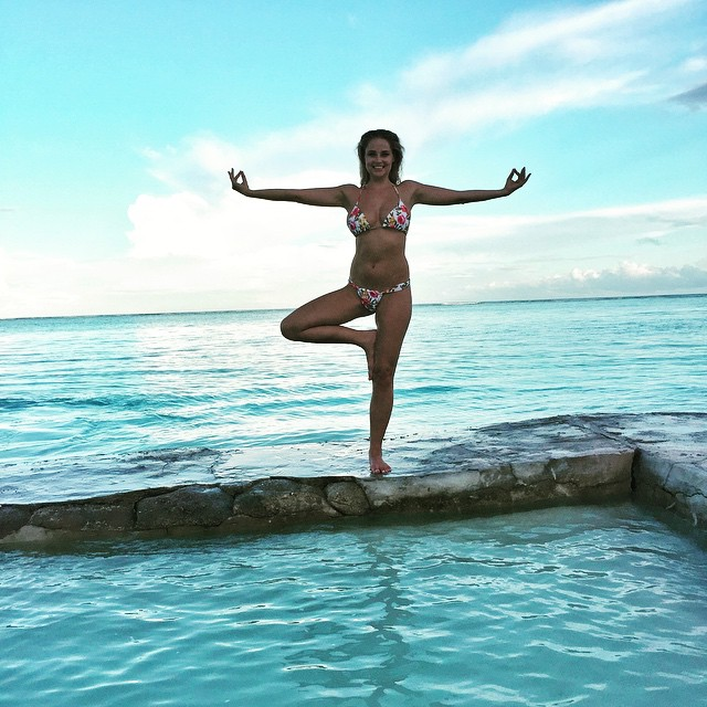 It's international yoga day! #maldives @worldswimsuitsa @peraquumniyama @copa_bikinis