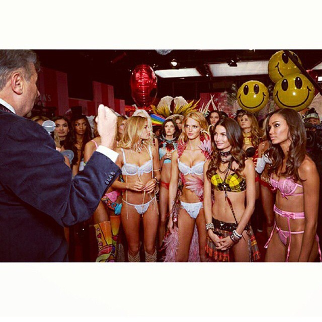 One of my favorite moments at the #VSFashionShow!! #BTS @Ed_Razek inspiring speech before we hit the Runway!! #4DaysTilShowTime @VictoriasSecret