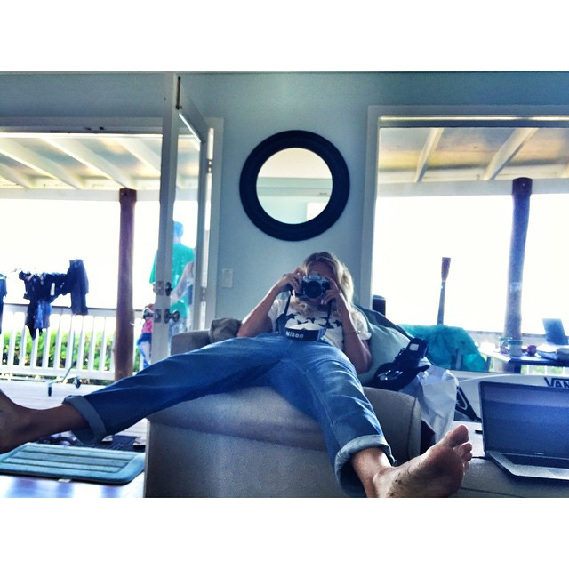 Serious business right there  @stephaniegilmore  #Northshore #Hawaii #Thosepants  #RoxyChampsFollow