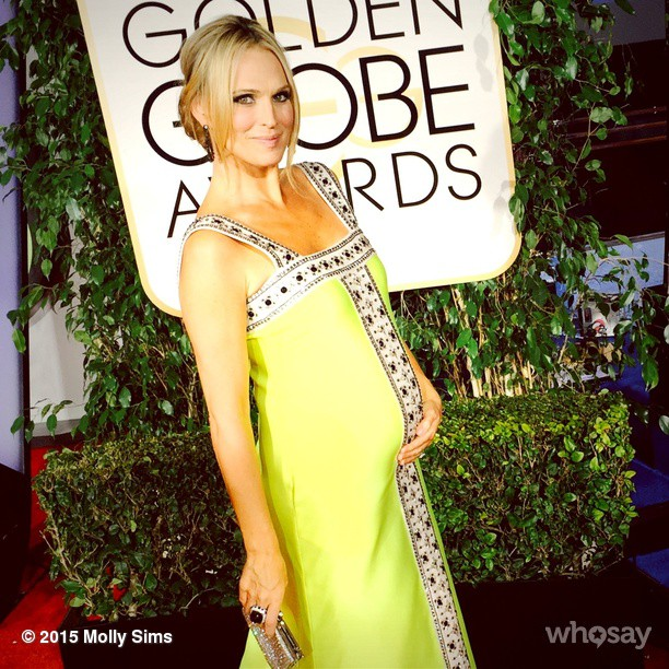Baby Bumpin in to #goldenglobes15 Thank you @lisaperrystyle @theprdiary @lorraineschwartz @mimibrown4 for making me feel pretty!!!! @essie @jessberghairandmakeup