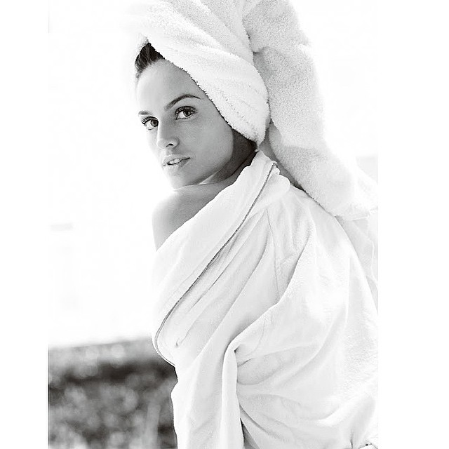 So special to be part of the amazing Towel series by @mariotestino ! Towel series 57! Muito especial fazer parte do #towelseries por Mario Testino! #towelseries #shoot #paris #portrait #timeless #by #mariotestino