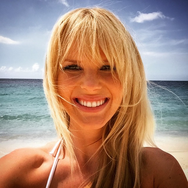 Shooting in Curaçao and sending tons of love to everyone from this warm and beautiful island!