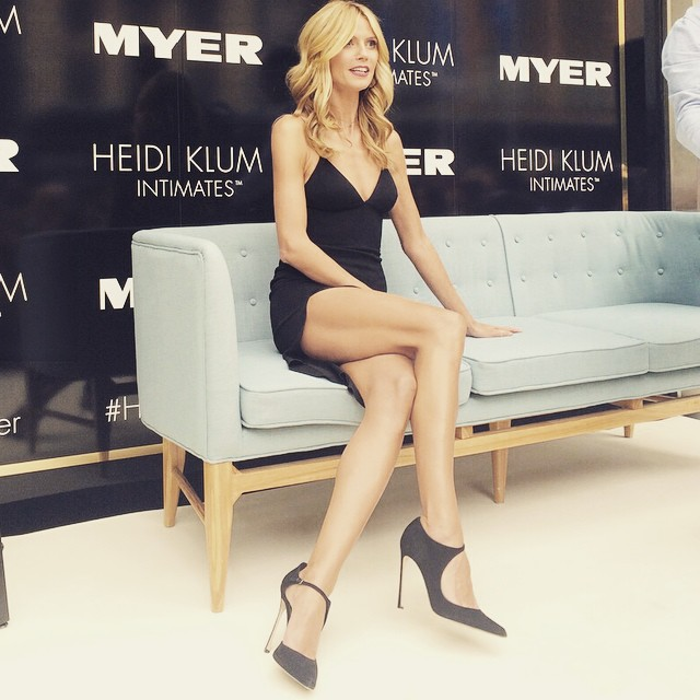 @HeidiKlumIntimates enjoying the view of the crowds!!
