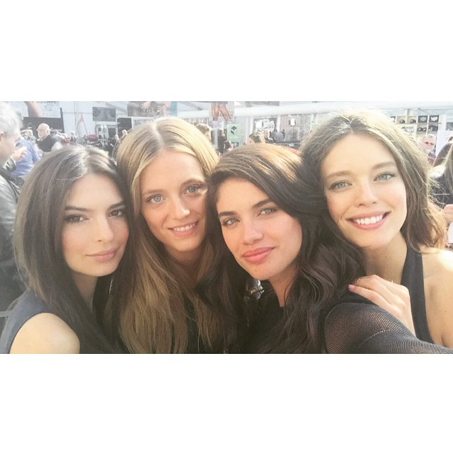 @si_swimsuit has arrived in Nashville!!!! @emrata @sarasampaio @katelynnebock #swimcity come say hi!