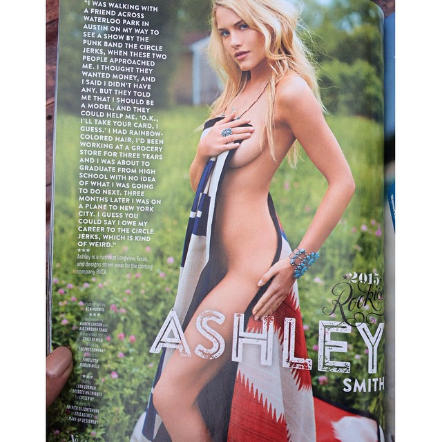 So excited!!! @si_swimsuit issue just came out!!!! #SISwim #2015 #rookie #swimcity #HeraldSquare