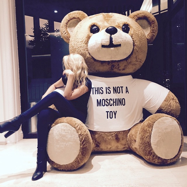 I AM A MOSCHINO TOY
